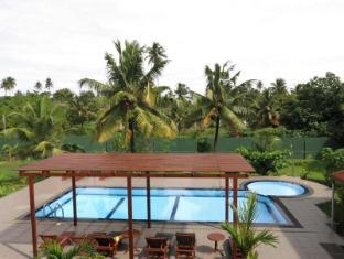 /de-de/weligama-ocean-breeze-hotel/hotel/mirissa-lk.html?asq=vrkGgIUsL%2bbahMd1T3QaFc8vtOD6pz9C2Mlrix6aGww%3d