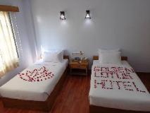 Golden Lotus Inle Hotel: guest room