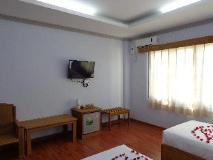 Golden Lotus Inle Hotel: interior