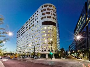 Astra Apartments Collins St - Docklands