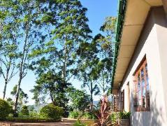 High Grove Bungalow | Sri Lanka Budget Hotels