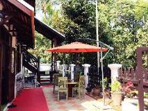 Thatsaphone Guesthouse: exterior
