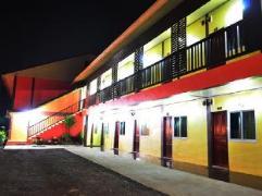 Sampan House | Thailand Cheap Hotels
