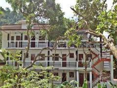 Hotel in Philippines El Nido | St. John Island View Pensionne