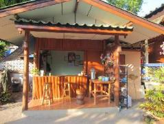 Pravee House | Thailand Cheap Hotels
