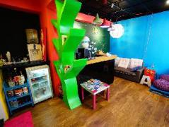 Aires Capsule Backpacker | Taiwan Budget Hotels