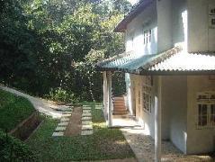 Kandy River Breeze Hotel | Sri Lanka Budget Hotels