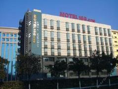Motel 168 Wuxi Xianqian West Street Jinma International Plaza   Hotel in Wuxi