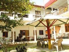Asanka Guest House | Sri Lanka Budget Hotels