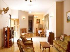 Travellers Rest Home | Sri Lanka Budget Hotels