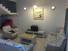 Cheap Hotels in Malacca / Melaka Malaysia | Harmony Holiday House