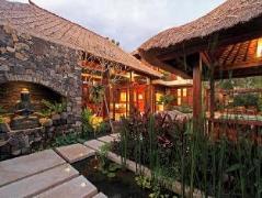 Villa Suar, Indonesia