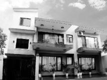Cotts Villa: exterior