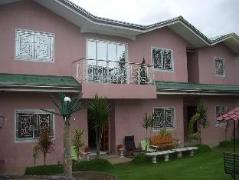 Hotel in Philippines Puerto Galera   Crest Summer Lodge