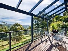 Australia Hotel Booking | Otway Escapes Luxury Spa Cottage Accommodation