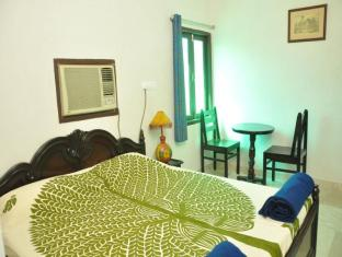 /hotel-lake-paradise/hotel/udaipur-in.html?asq=jGXBHFvRg5Z51Emf%2fbXG4w%3d%3d