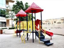 Dubai Apartments - The Greens - Golf Tower: playground