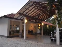 Aarya Hotel | Sri Lanka Budget Hotels