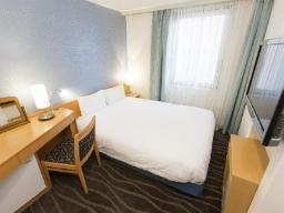 Väike kahekohaline voodi