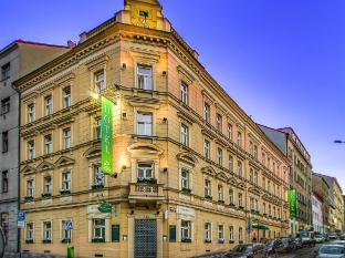 Three Crowns Hotel Prague