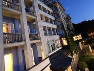 /grand-hotel-toplice-small-luxury-hotels-of-the-world/hotel/bled-si.html?asq=5VS4rPxIcpCoBEKGzfKvtBRhyPmehrph%2bgkt1T159fjNrXDlbKdjXCz25qsfVmYT