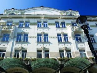 /grand-hotel-union/hotel/ljubljana-si.html?asq=5VS4rPxIcpCoBEKGzfKvtBRhyPmehrph%2bgkt1T159fjNrXDlbKdjXCz25qsfVmYT