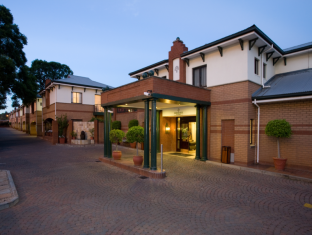 /courtyard-hotel-rosebank-johannesburg/hotel/johannesburg-za.html?asq=jGXBHFvRg5Z51Emf%2fbXG4w%3d%3d