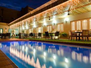 โรงแรมโพรทีโฮเต็ลแคปิตอล