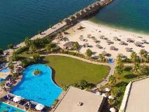 Radisson Blu Resort Sharjah: swimming pool