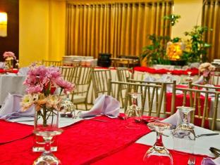El Cielito Hotel Makati Manila - Buffet