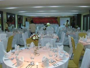 El Cielito Hotel Makati Manila - Ballroom