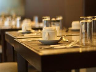 El Cielito Hotel Makati Manila - Restaurant