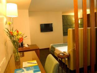 El Cielito Hotel Makati Manila - Guest Room