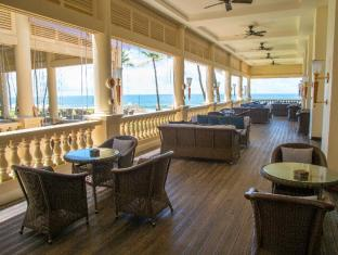 Galle Face Hotel Colombo - The Traveller's Bar Terrace