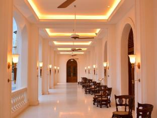 Galle Face Hotel Colombo - reading porch