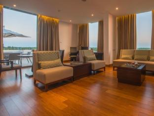 The Gateway Hotel Airport Garden Colombo Negombo - Gateway Suite