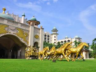 Palace Of The Golden Horses Hotel Kuala Lumpur - Porte Cochere