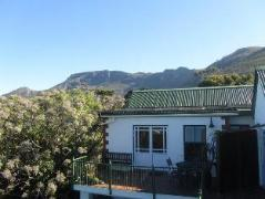 Brynbrook House | Cheap Hotels in Cape Town South Africa