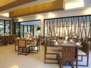 Areca Lodge Hotel Pattaya - April Room