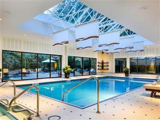 Sutton Place Hotel Vancouver (BC) - Swimming Pool