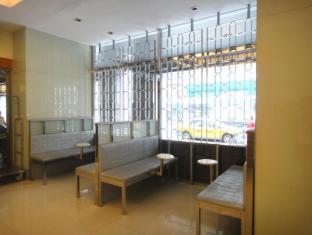 First Hotel Taipei - Lobby