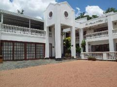 La Maison d Hotes Guest House | Cheap Hotels in Pretoria South Africa