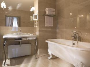 West End Hotel Paris - Executive Room