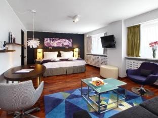 /radisson-blu-hotel-lietuva-vilnius/hotel/vilnius-lt.html?asq=5VS4rPxIcpCoBEKGzfKvtBRhyPmehrph%2bgkt1T159fjNrXDlbKdjXCz25qsfVmYT