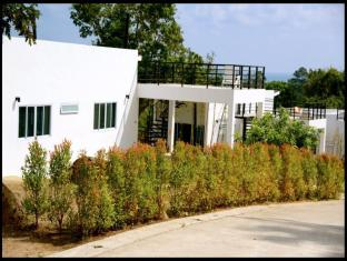 The Graham Villa by Design Square