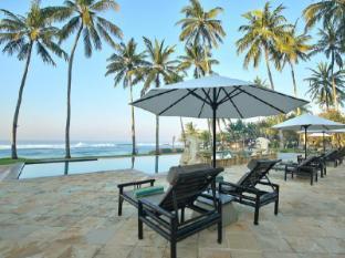 Candi Beach Resort and Spa Bali - Zwembad
