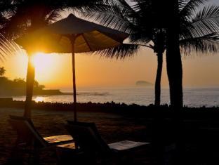 Candi Beach Resort and Spa Bali - Strand