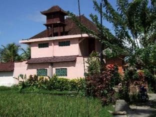 Sri Sunari Guest House