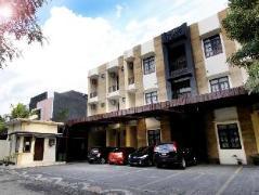 Dparagon Pandega Duksina Hotel, Indonesia