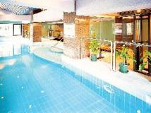 Metropark Hotel: swimming pool